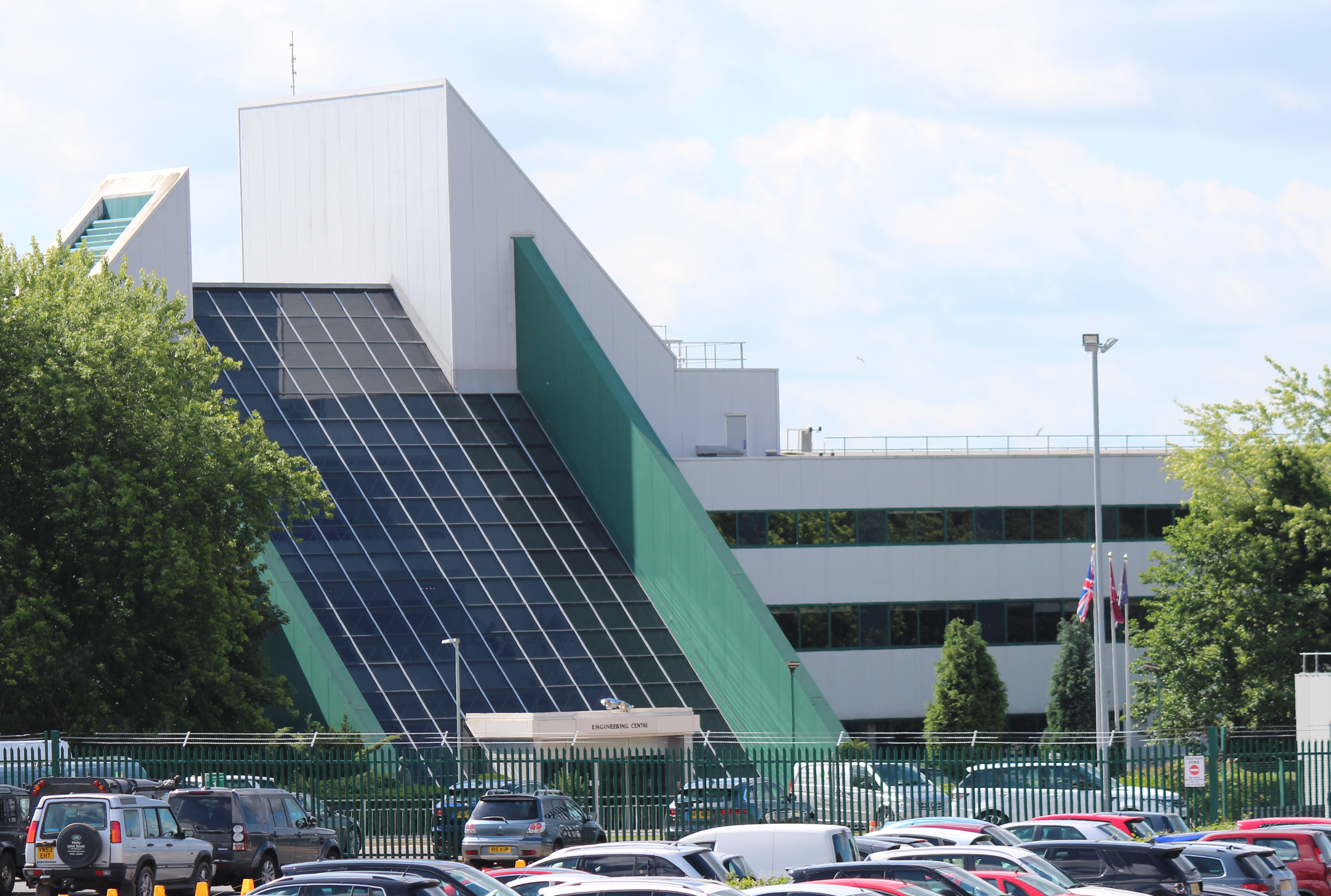 Discussion on expansion plans for Jaguar Land Rover at Whitley